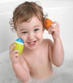 Manfaat Mandi Dengan Air Hangat Untuk Bayi